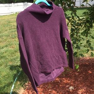 Banana republic maroon small  sweatshirt